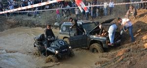(ÖZEL) Başkan Yavaş'ın imdadına ATV aracı yetişti