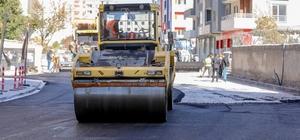 İpekyolu'nda yol ve alt yapı çalışmaları aralıksız sürüyor