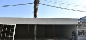 Elektrik direkli kaçak işyeri herkesi şaşırttı Kaçak işyeri inşaat aşamasında yıkıldı